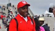 Here's moi videotaping Carl Lewis at the Mt. SAC Relays, where he said nyet to entering masters meets.